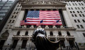 Bitcoin to Hit $400K, Says Bloomberg Analyst