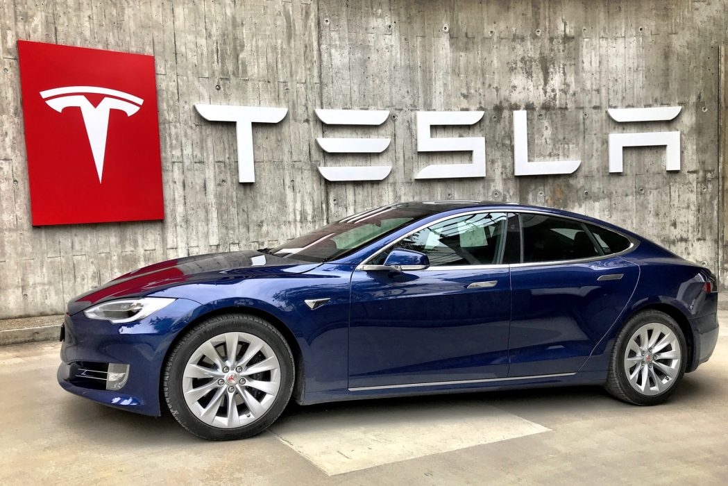 Two Australians Lose $130,000 To Tesla Scam While Buying The Electric Car Online