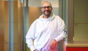 Aussie Billionaire Alex Waislitz Makes 400% on Crypto Investments