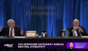 Bitcoin is 'Disgusting', Says Billionaire  Charlie Munger At Berkshire Hathaway Meeting