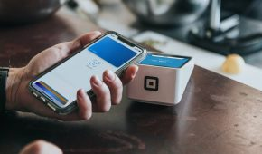 Coinbase Enables Apple Pay and Google Pay For US Customers